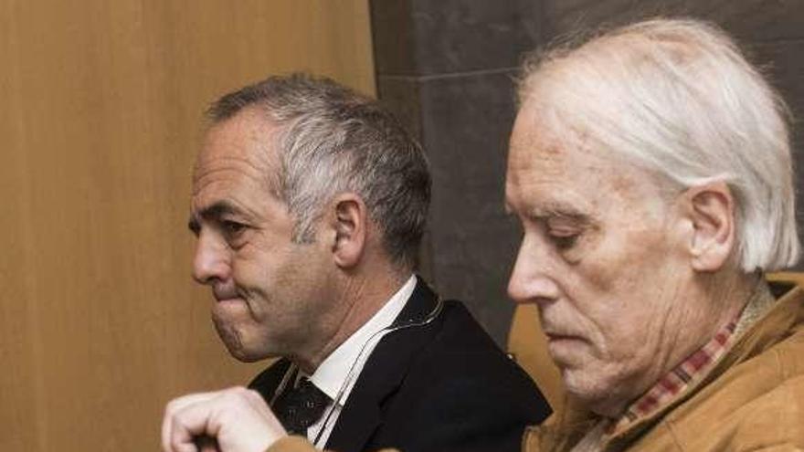 El redactor del POLA da aire al exarquitecto de Llanes y al funcionario juzgados por prevaricar