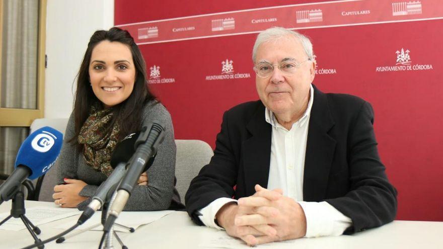 Las nuevas concejalas Carmen González y Mercedes Muñoz pueden tomar ya posesión de su acta
