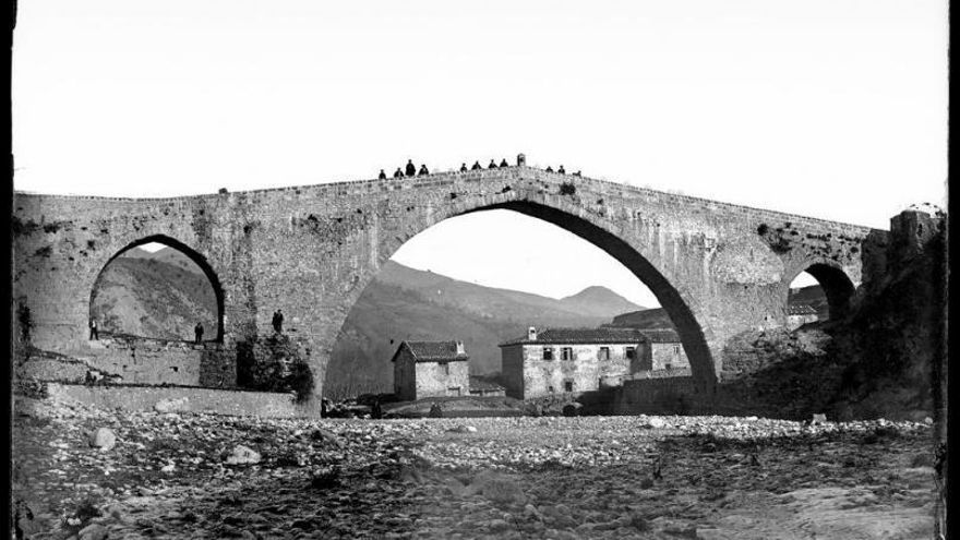 Fotografies per a la història