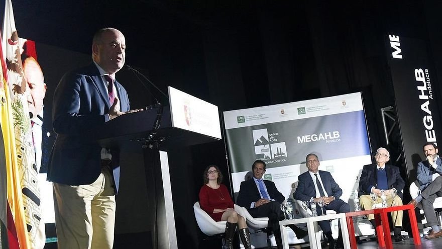 Unicaja Banco avala la parte privada de la urbanización de la 1ª fase del Puerto Seco