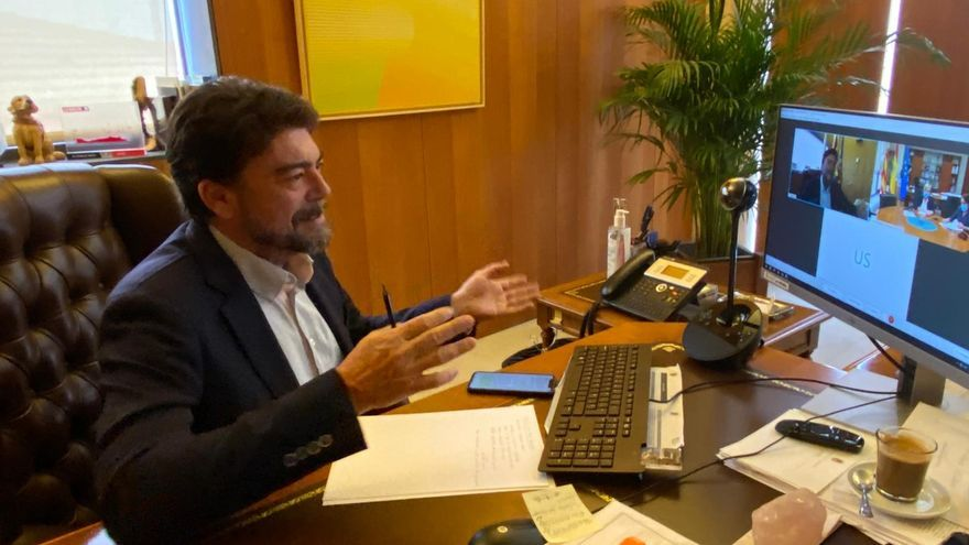 Barcala arremete contra Sanidad por no facilitar datos a los municipios para afrontar la pandemia