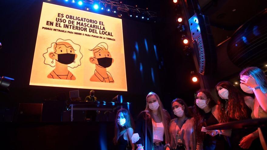 """Feijóo pide a los jóvenes """"un esfuerzo especial de 10 semanas"""" ante el incremento de infecciones"""