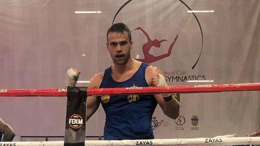 Alberto Fernández, del Taemi, campeón de España de kick boxing