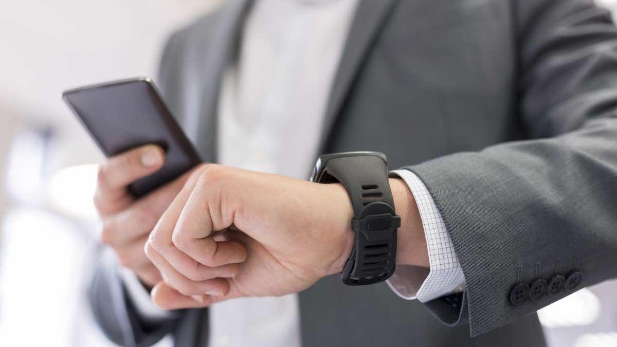 Change the time on mobiles.