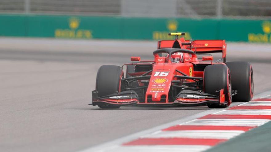 Leclerc, el más rápido en los libres