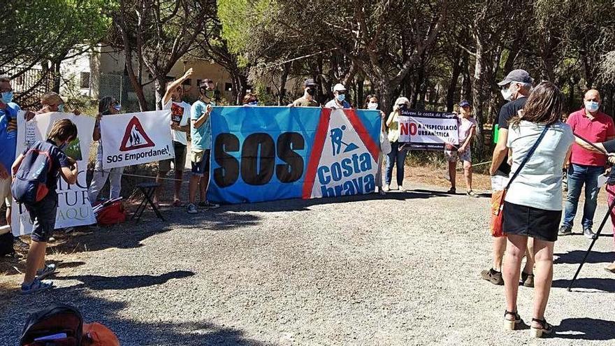 SOS Costa Brava instarà els ajuntaments que revisin els plans urbanístics