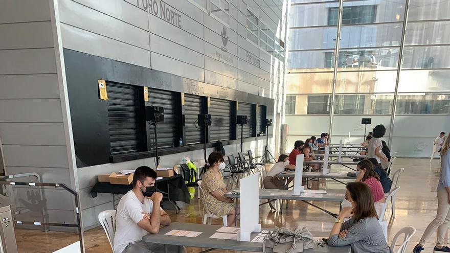 Más de 10.000 personas inician los exámenes del C1 de Valenciano