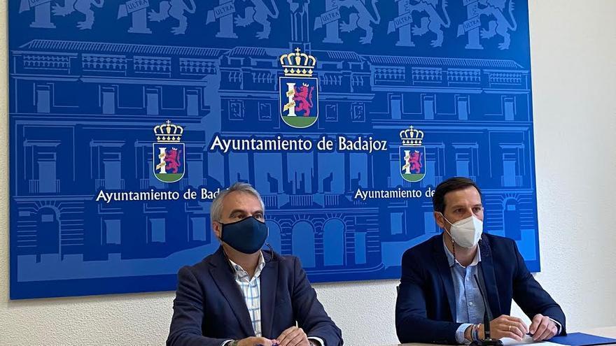 Fragoso denuncia que la Junta discrimina a Badajoz con los servicios sociales