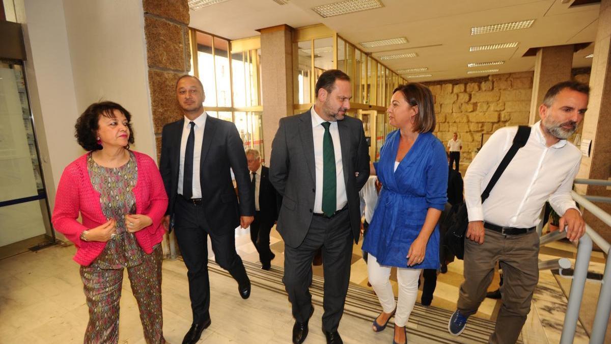 El ministro cree que hay «muchas dudas» sobre las inmatriculaciones