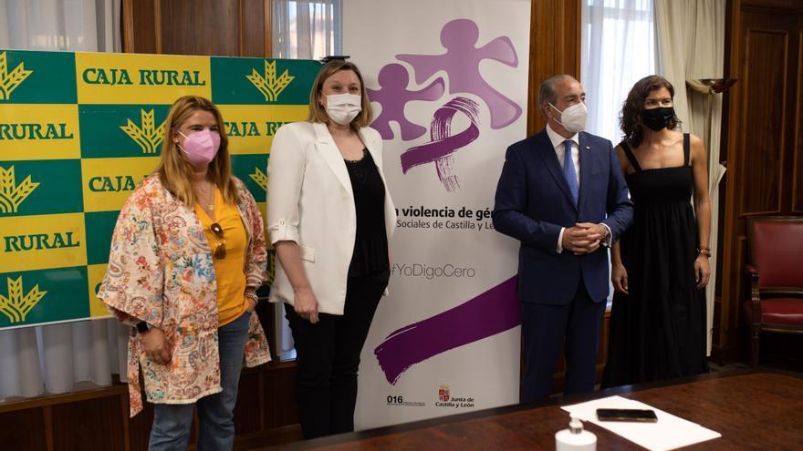 La Junta y Caja Rural de Zamora colaboran en la inserción laboral de la mujer rural