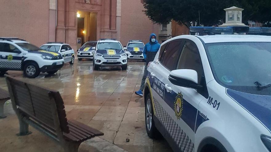 Intenta atropellar a un policía local y supera la tasa de alcohol tras ser detenido