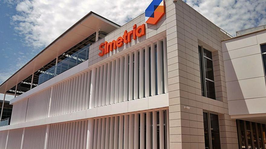 'La Panderola' descubre las oficinas de Simetría en el Grau