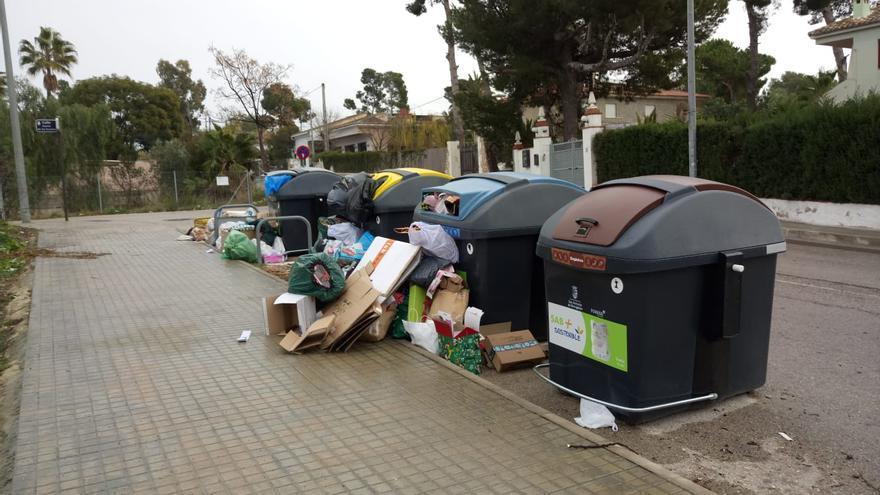 """San Antonio de Benagéber plantea acciones legales contra Fovasa por el """"incumplimiento"""" en la recogida de basuras"""