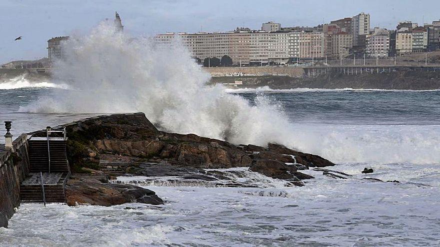 La borrasca 'Bella' arrecia en Galicia con vientos de más de 140 kilómetros hora
