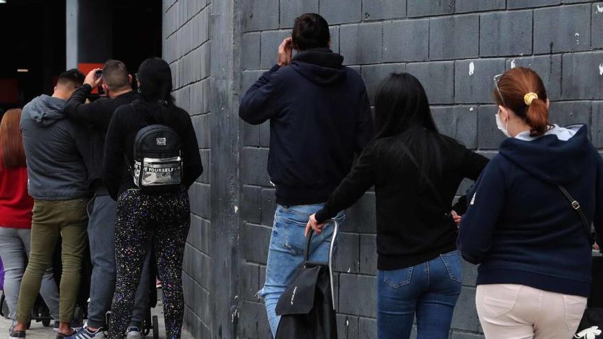 La Seguridad Social admite que el ingreso mínimo no llegará a 800.000 personas este año