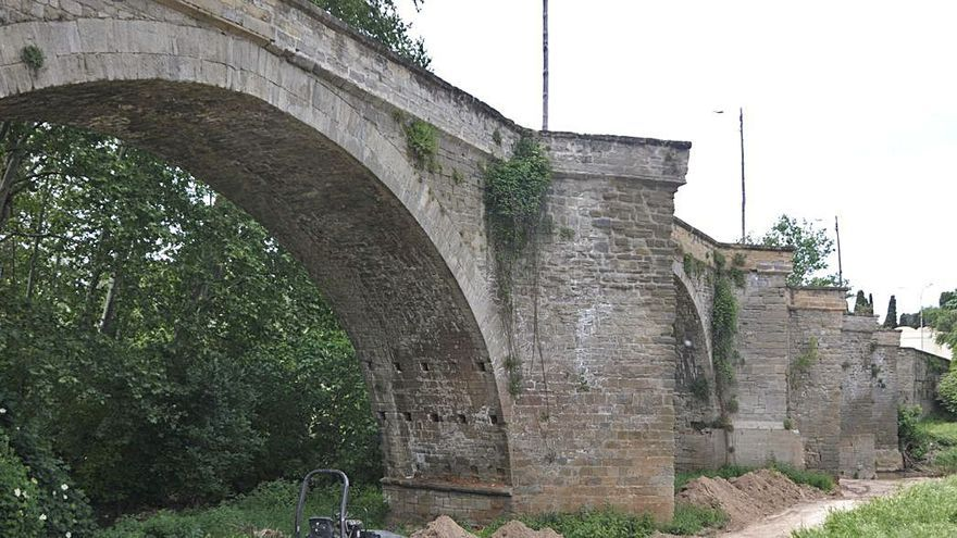 L'Ajuntament aprova 5 anys després enllestir la rehabilitació del Pont Nou