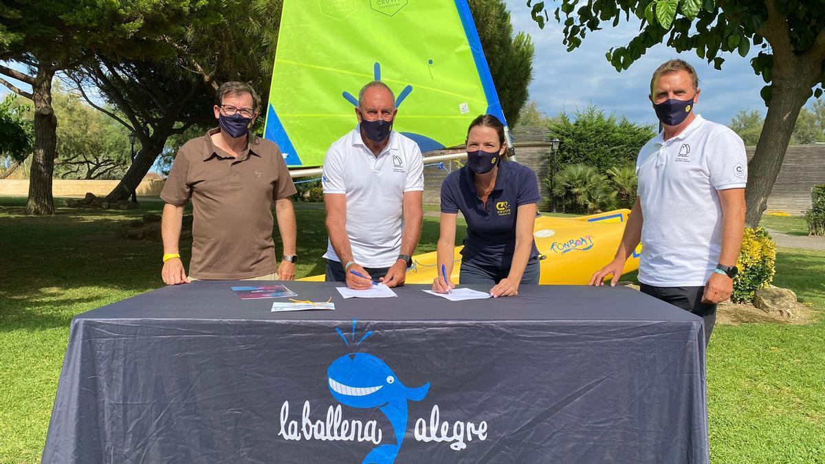 Toni Castellar, Director de la Ballena Alegre; Lai Gainza, President del Club de Vela Ballena Alegre; Pati Roura, Directora de la Fundació Cruyff; i Pep Subirats, Responsable Esportiu del Club Vela Ballena Alegre