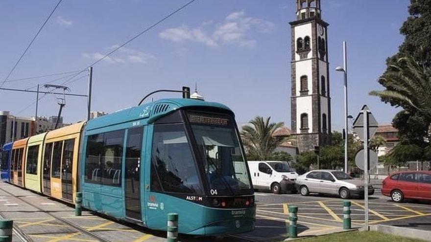 El tranvía de Tenerife adapta su horario de Fin de Año a las nuevas restricciones