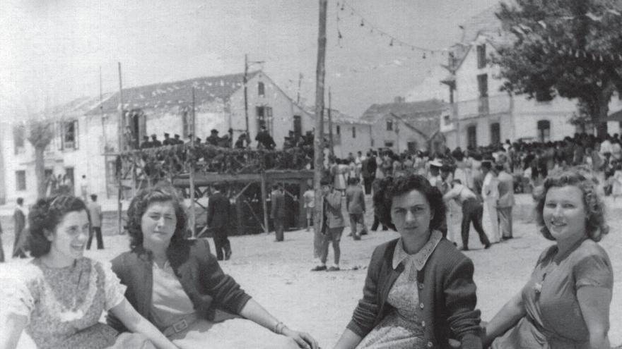 Exposición fotográfica Mulleres de Nigrán -1970