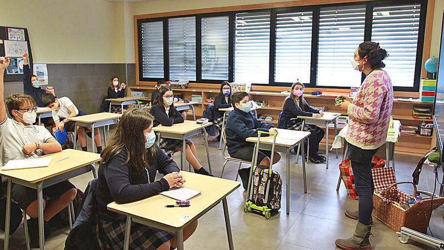 """La Xunta mantiene la vuelta al colegio el día 8 para evitar """"entorpecer la conciliación"""""""