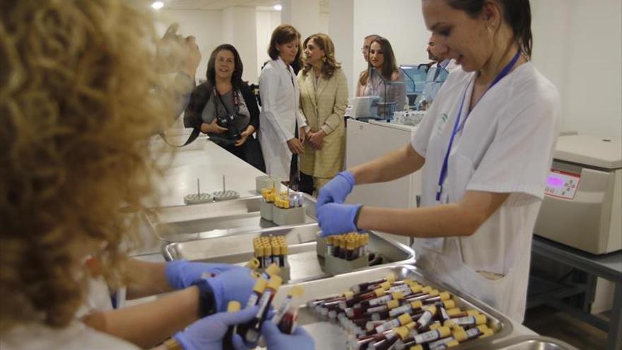 Robotizan los laboratorios del Reina Sofía para mejorar los análisis