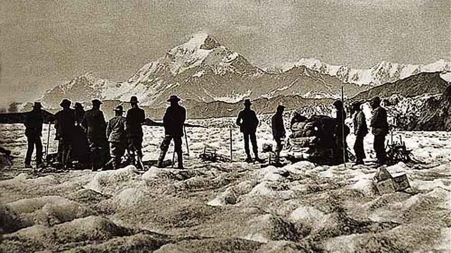 Luis Amadeo de Saboya: la montaña sobre el palacio