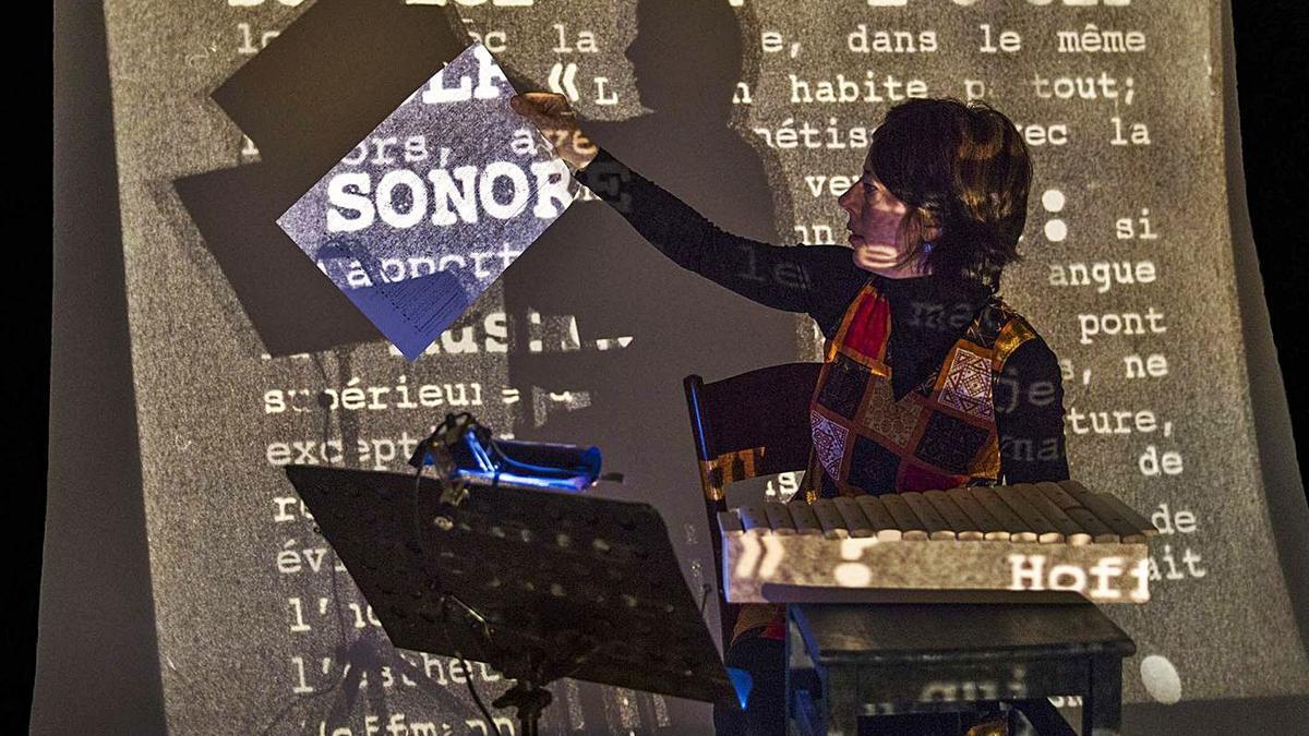 Imatge de l'espectacle «Musique concrète» del duo argentí Montorfano & Arditto.  | AMEBA ASSOCIACIÓ CULTURAL