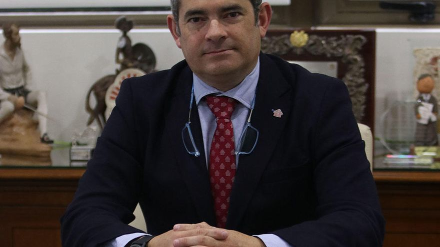 Dimite Fernando Pastor, presidente del Colegio de Administradores de Fincas