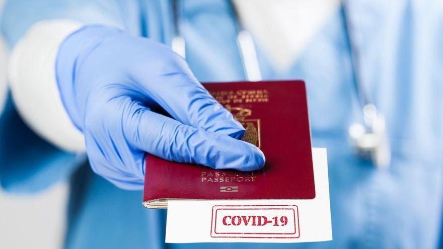 L'harmonització mundial, primer escull per al passaport de vacunació