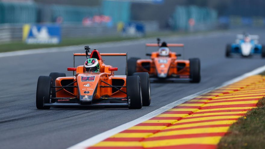 Cheste abre sus puertas al público con el Racing Weekend