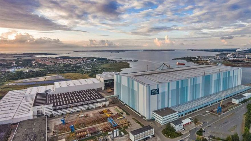 "Berlín ""riega"" con otros 300 millones al astillero Werften para acabar dos barcos"