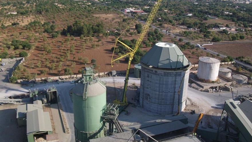 El Govern incrementa las exigencias ambientales a la fábrica de cemento de Lloseta