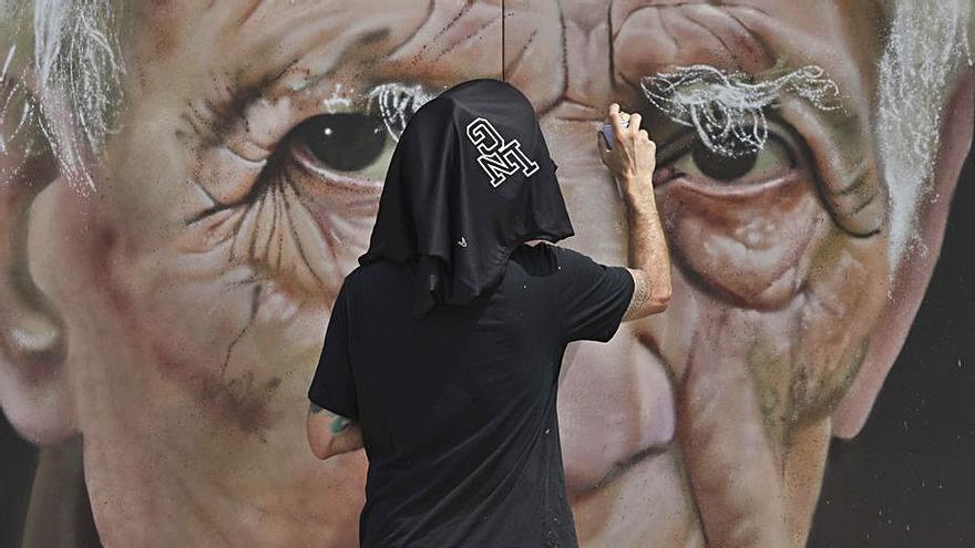 """El jurado de la Liga de Graffiti distingue un retrato a spray de un premio """"Príncipe"""""""