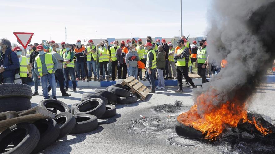 Huelga de los trabajadores de Pilkington en Sagunt