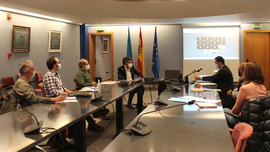 """El Principado defiende la """"reducción global de la presión de pesca"""" sobre los ríos asturianos"""