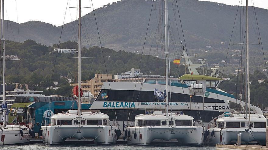 La demanda de alquiler de barcos se dispara en Ibiza
