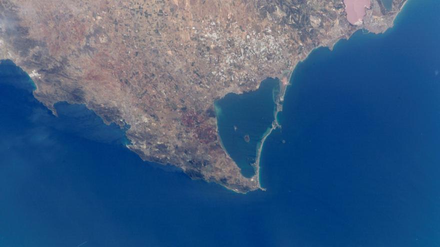 El IEO corrobora que el vertido continuado de nutrientes agrícolas es la principal causa de mortandad en el Mar Menor