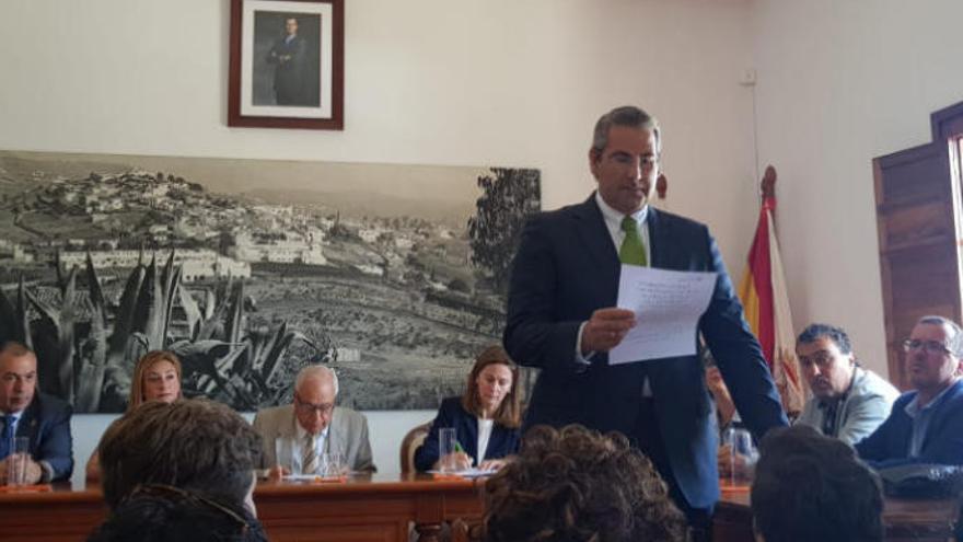 Jaime Hernández Rodríguez asume la Alcaldía de Firgas