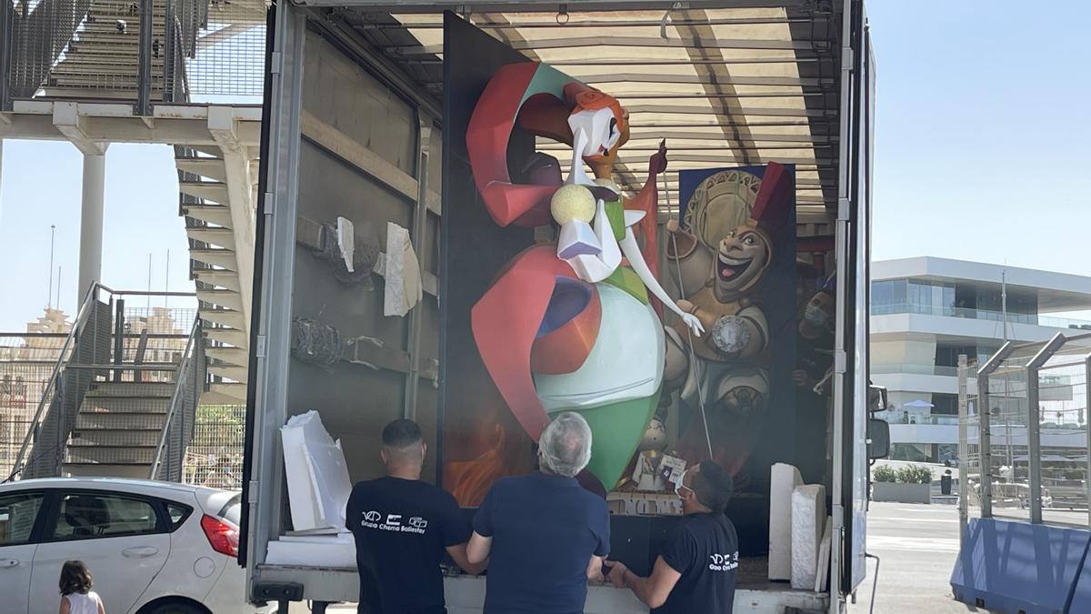 Los ninots de las Fallas 2021 llegan a La Marina