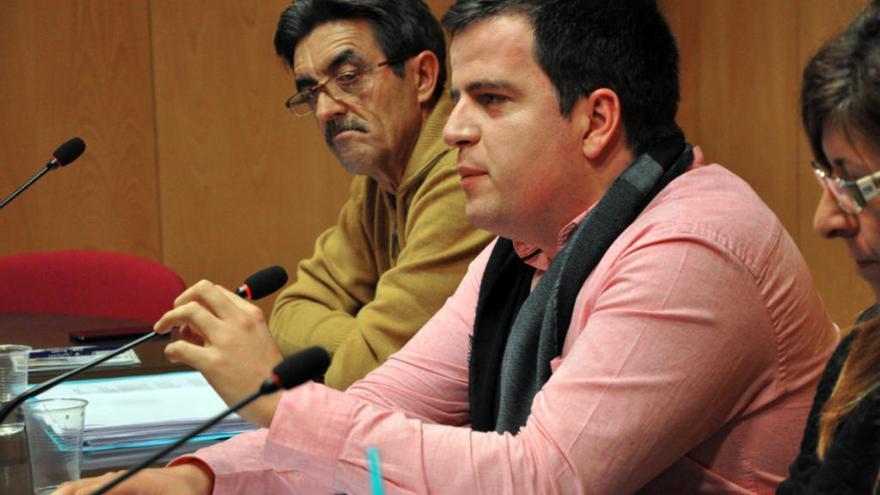 Manso reivindica el «treball compartit» al Consell del Ripollès en el ple de renúncia