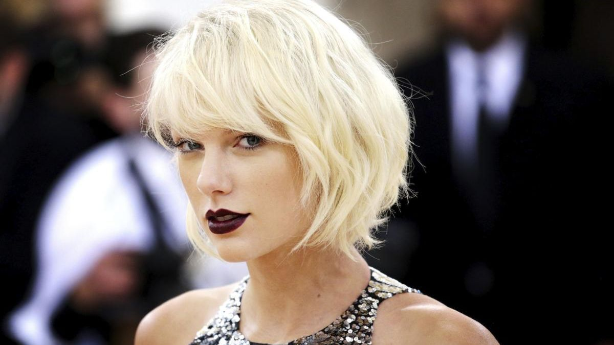 Taylor Swift lanza su nuevo disco, 'Folklore'.