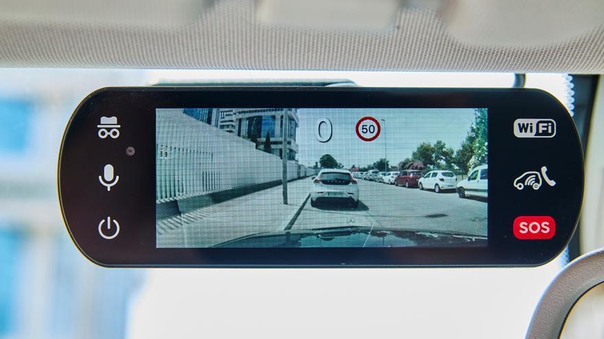 Conoce a Hello Auto Connect: graba todo tu viaje en carretera de inicio a fin