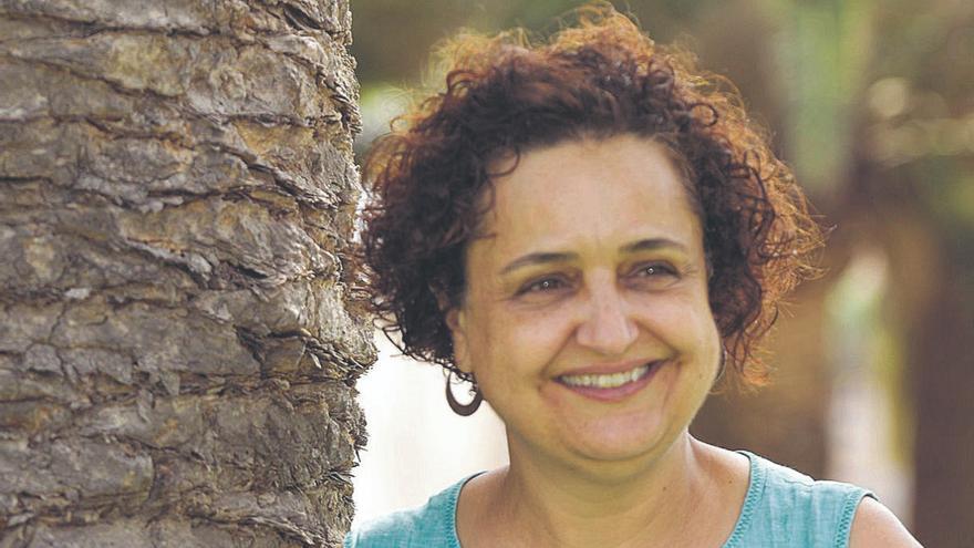 Encarna García: «Trabajar en paliativos te enseña que no hay que tener nostalgia»