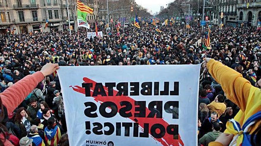 El sobiranisme crida a manifestar-se de forma massiva a Madrid el 16-M
