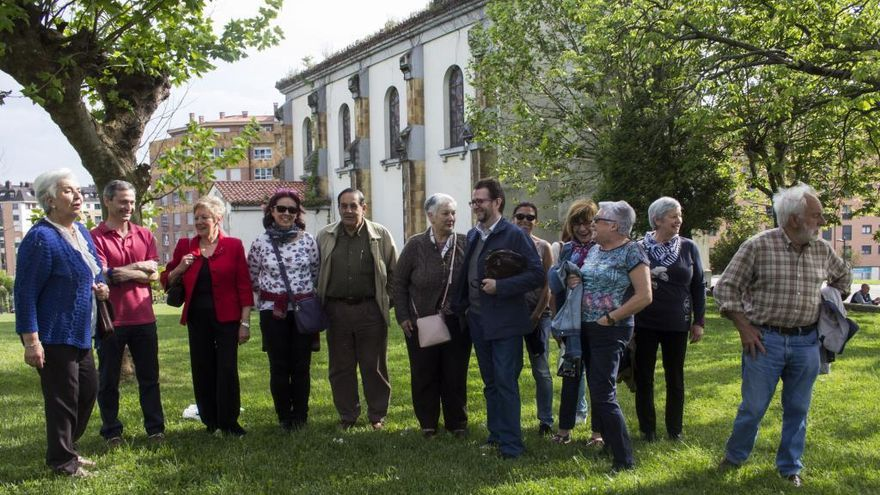 Los vecinos piden que el Ayuntamiento asuma la propiedad de la iglesia de La Cadellada para incluirla en una ruta cultural