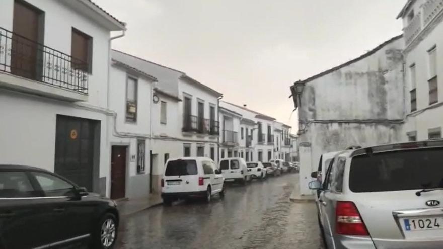 Fuertes tormentas y granizo en la zona norte de Córdoba