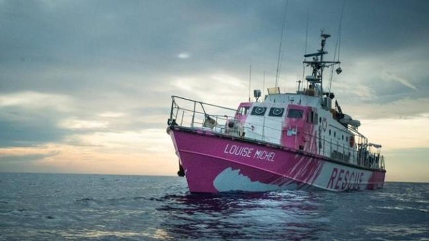 Banksy financia un barco de rescate de migrantes en el Mediterráneo