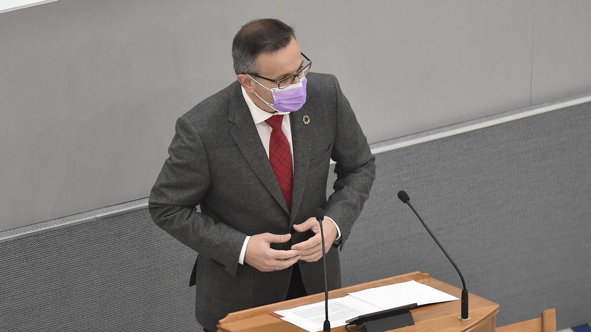 Diego Conesa, esta mañana en la Asamblea Regional.