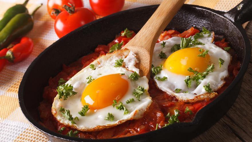 """Comer un huevo al día es """"razonable"""" en personas sanas"""