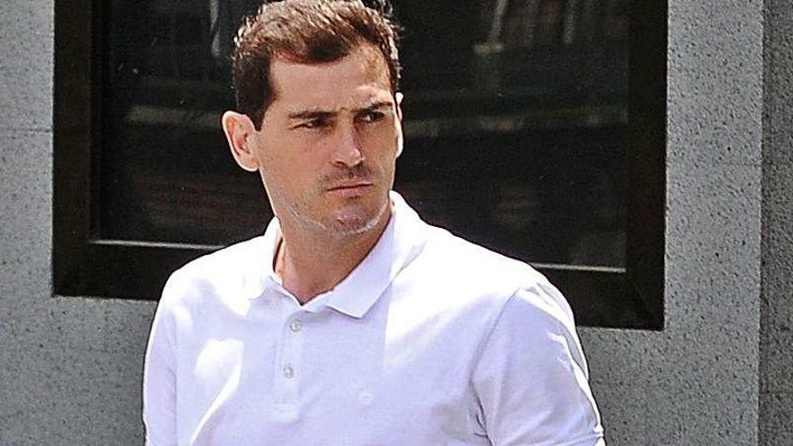 """Sara Denez se desmarca: """"No soy novia de Iker Casillas"""""""